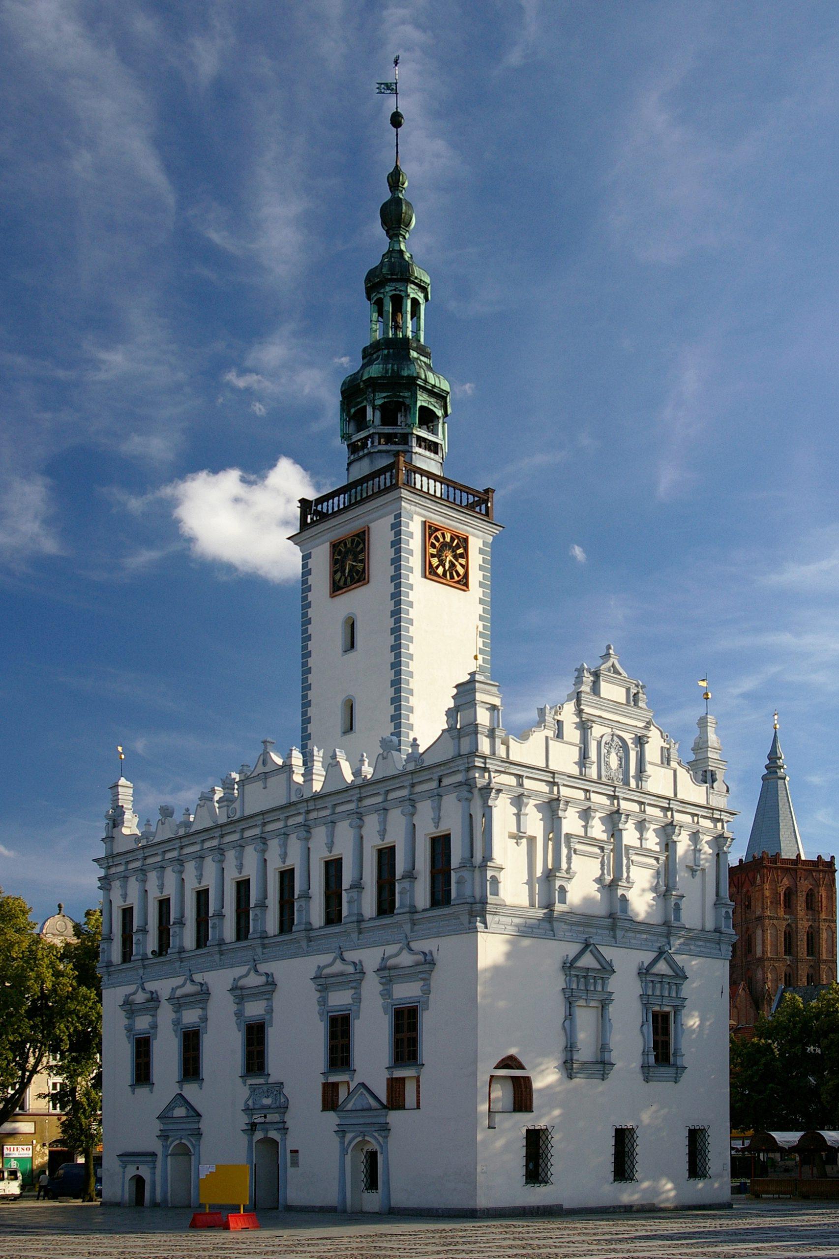 Ratusz w Chełmnie 1
