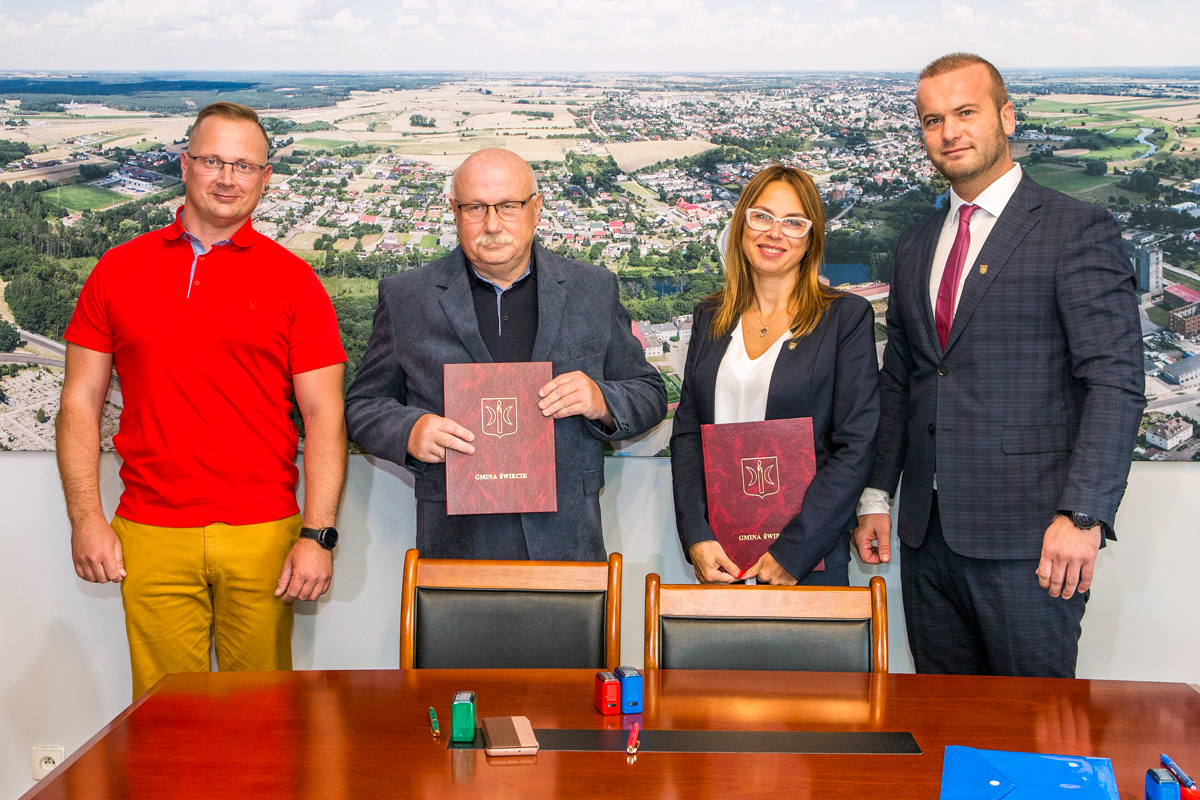 Podpisanie umowy na modernizację Deczna